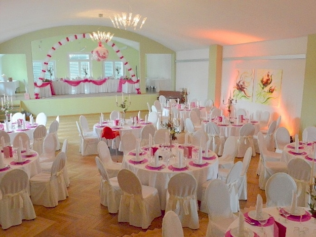 Hochzeitsdekoration raumdekoration tischdekoration for Pink deko